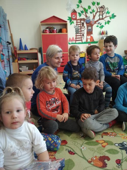 Mikuláš a jeho družina ve školce