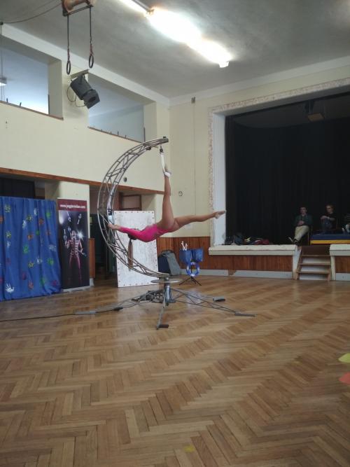 Zimní představení se školkou